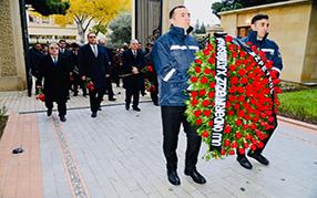 12 December the commemoration day of the national leader Heydar Aliyev.